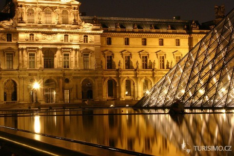 Louvre, Paris16